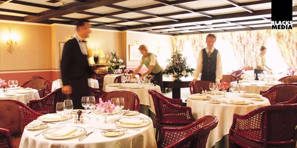 Commercial hotel dining room